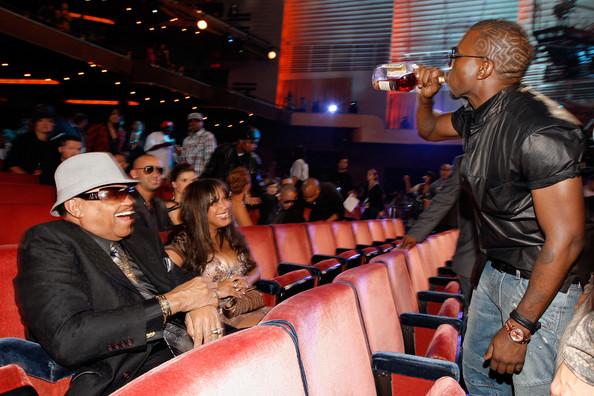 Kanye+West+Joe+Jackson+2009+MTV+Video+Music+K6jCtfErkjvl