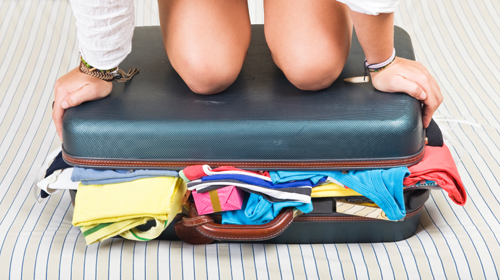packing-suitecase