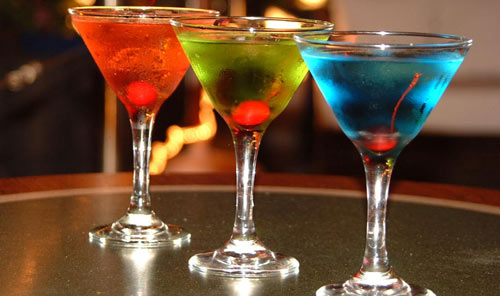 video improve your bartending skills with our drink tutorials