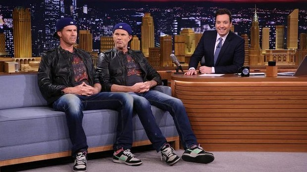 Will ferrell and chad smith have a hilarious drum off wooder ice - Will ferrell one man show ...