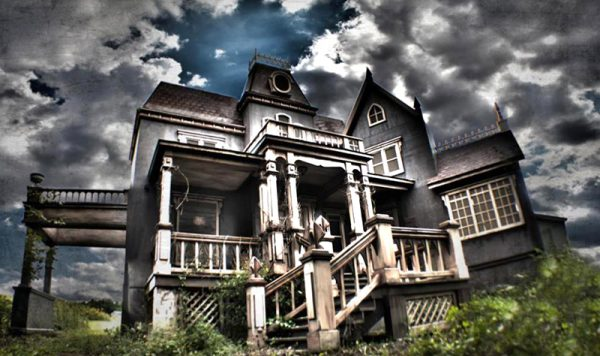 hauntedhousehollow