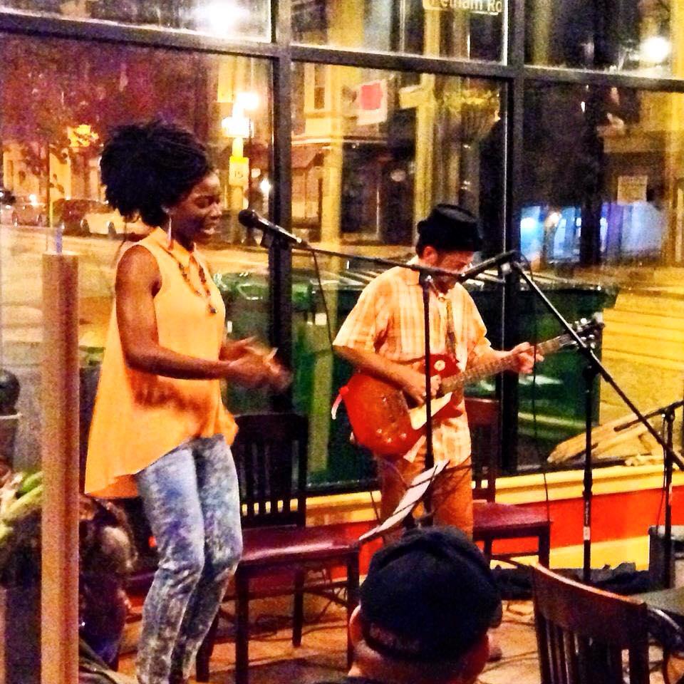 malelani-cafe-open-mic