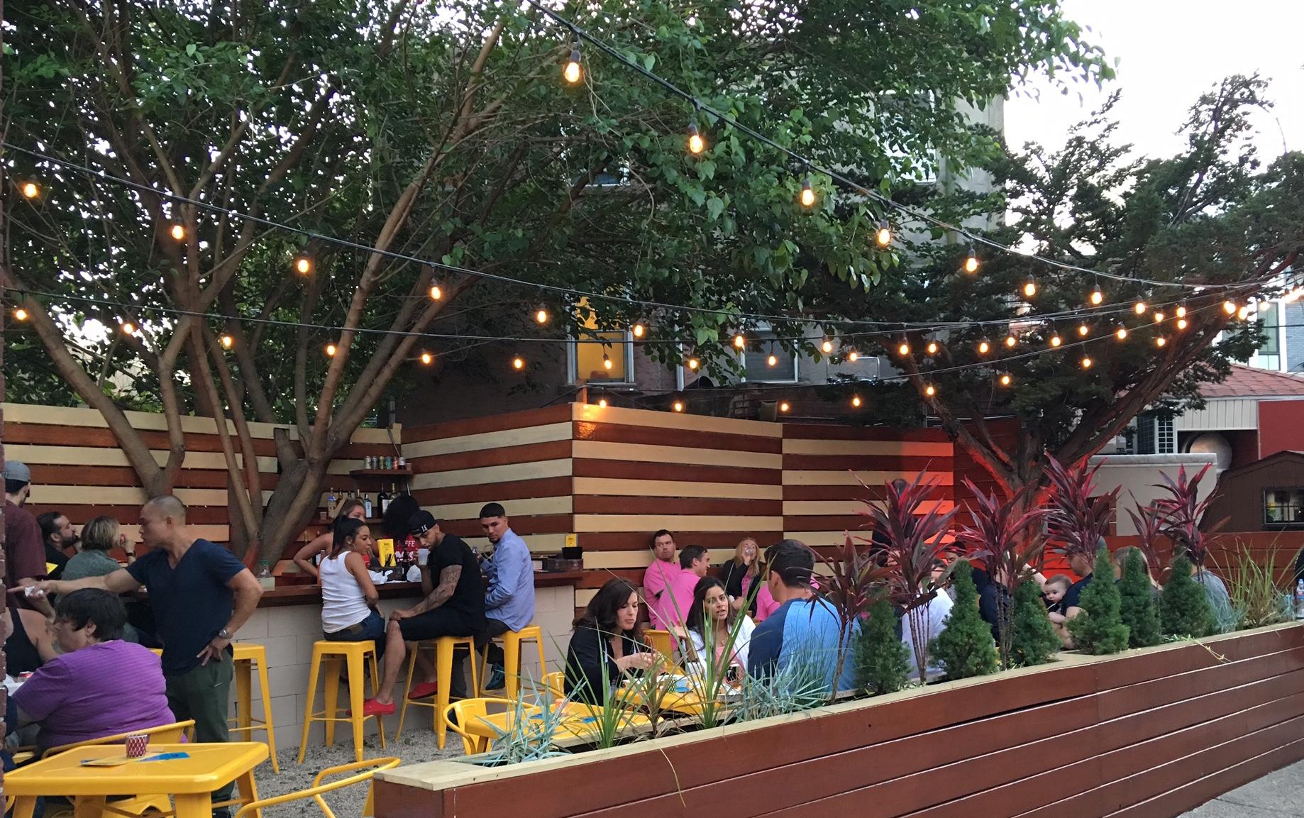 Heffe Beer Garden Becomes Fishtown 39 S First And Only Pop Up Beer Garden Wooder Ice