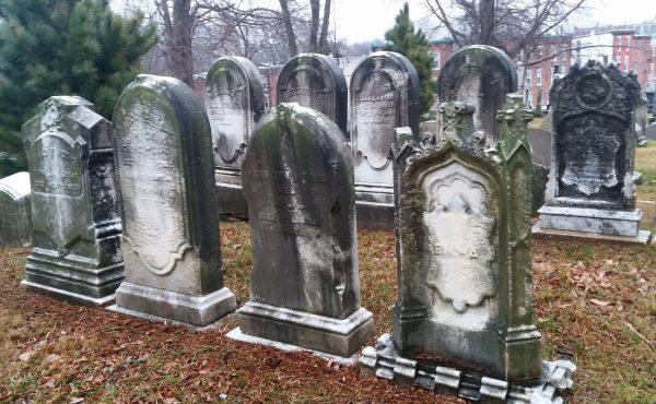 laurel-hill-tombstones