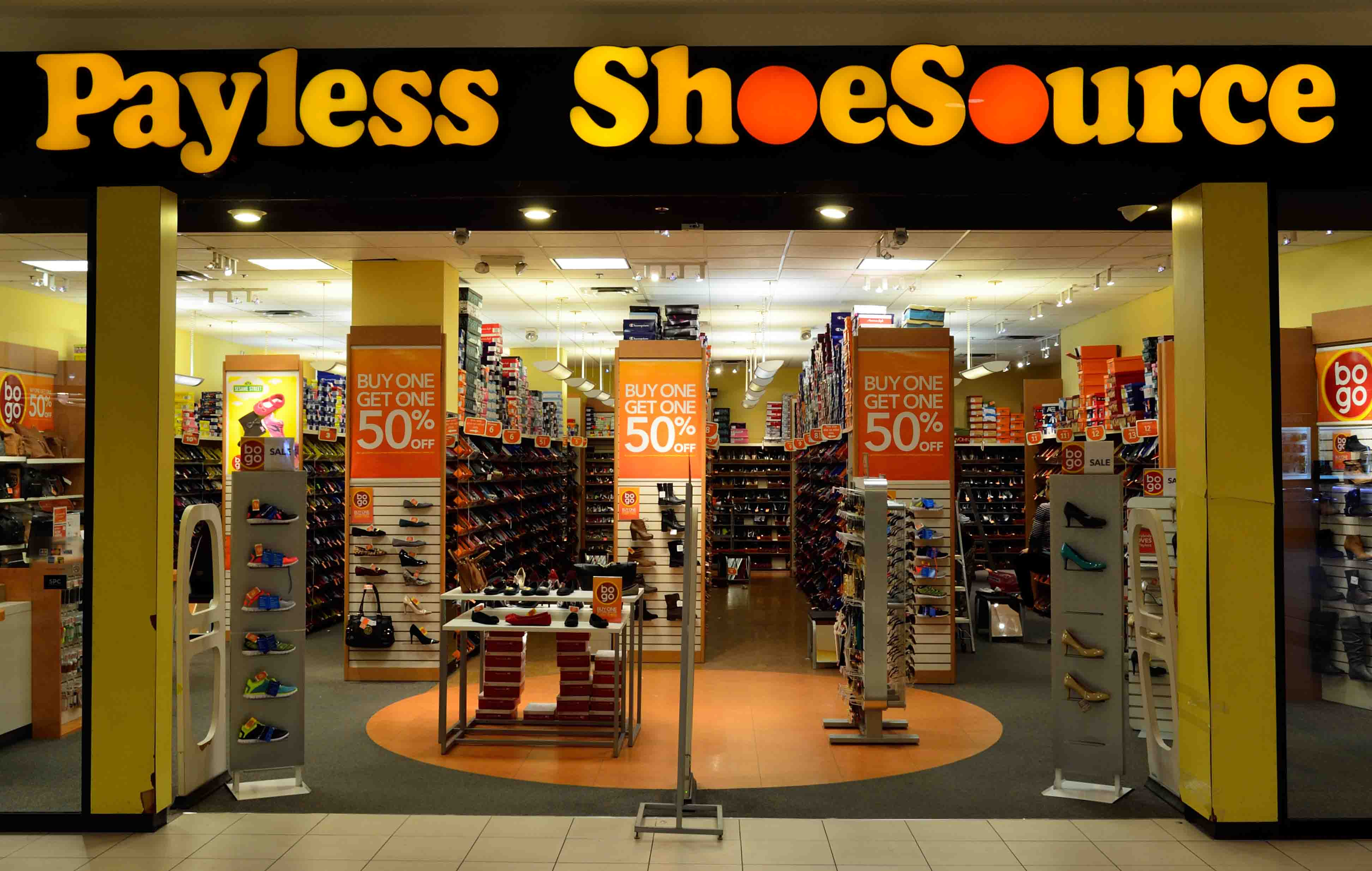 Payless Shoes is Going Out of Business and Closing All 2,300 Stores!