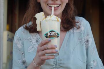 butterscotch_krimpet_milkshakes