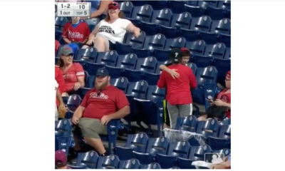 Phillies fan perfroms act of kindness