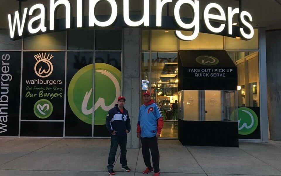 wahlburgers closed philly