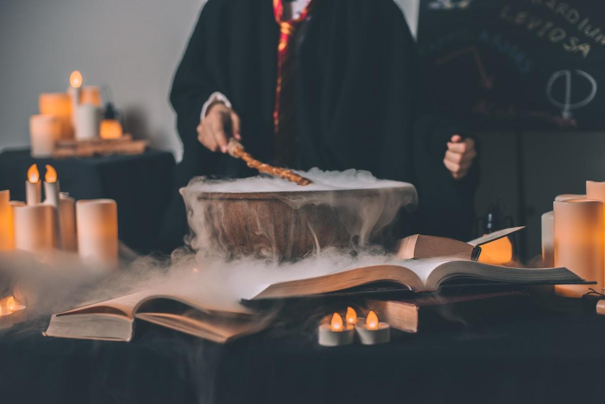 witch market