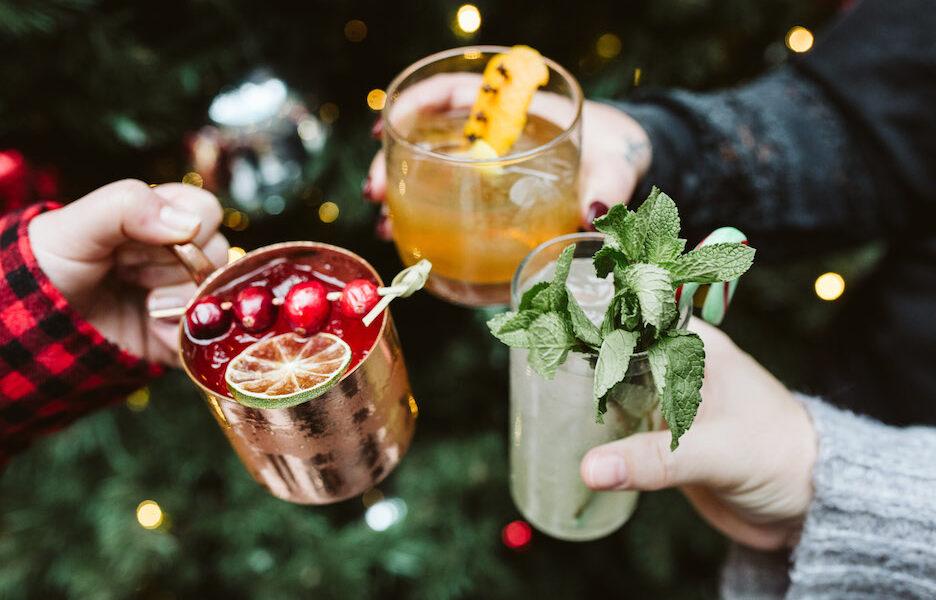 sips and selfies with santa