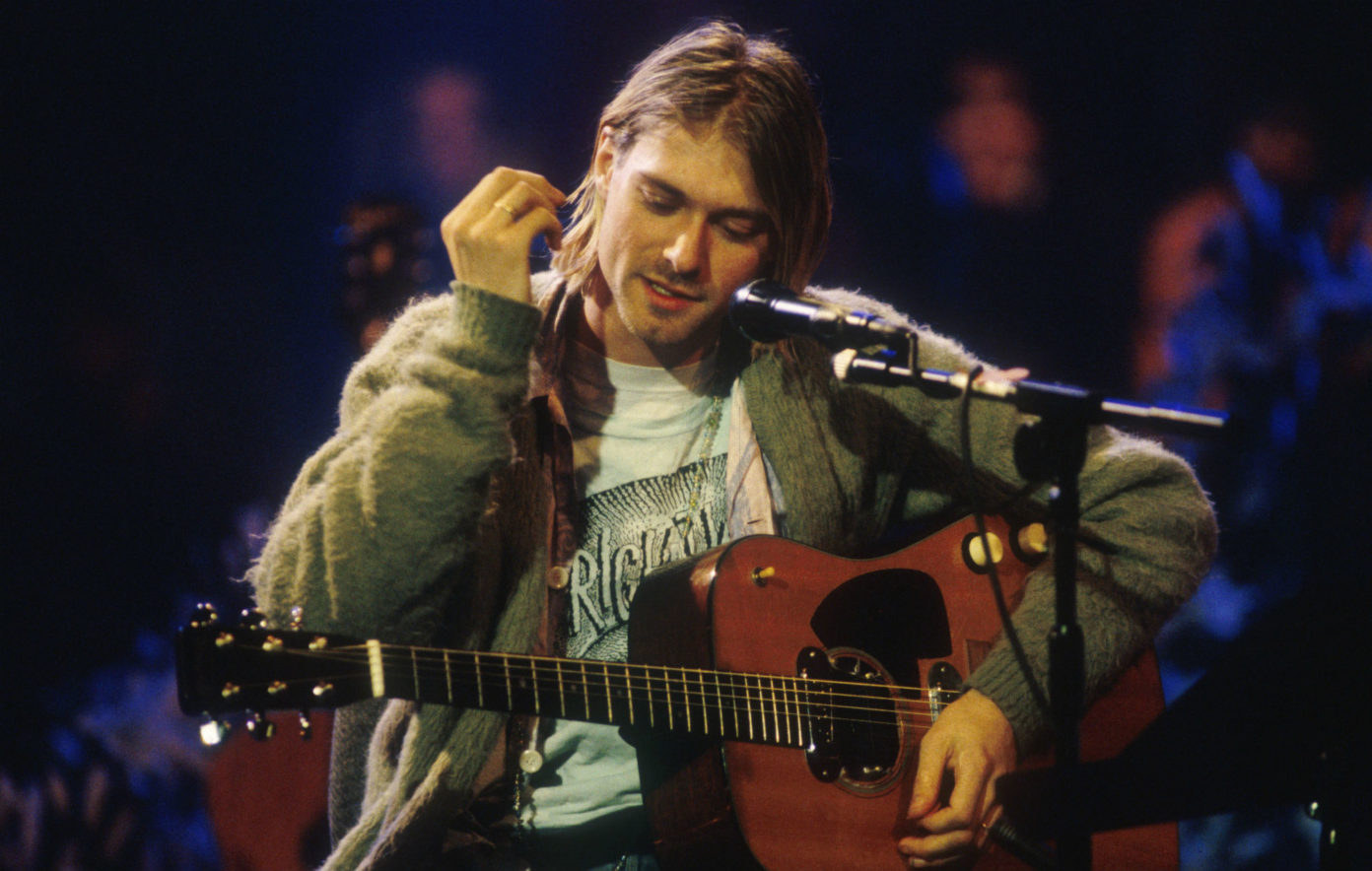 kurt_cobain_mtv_unplugged_guitar