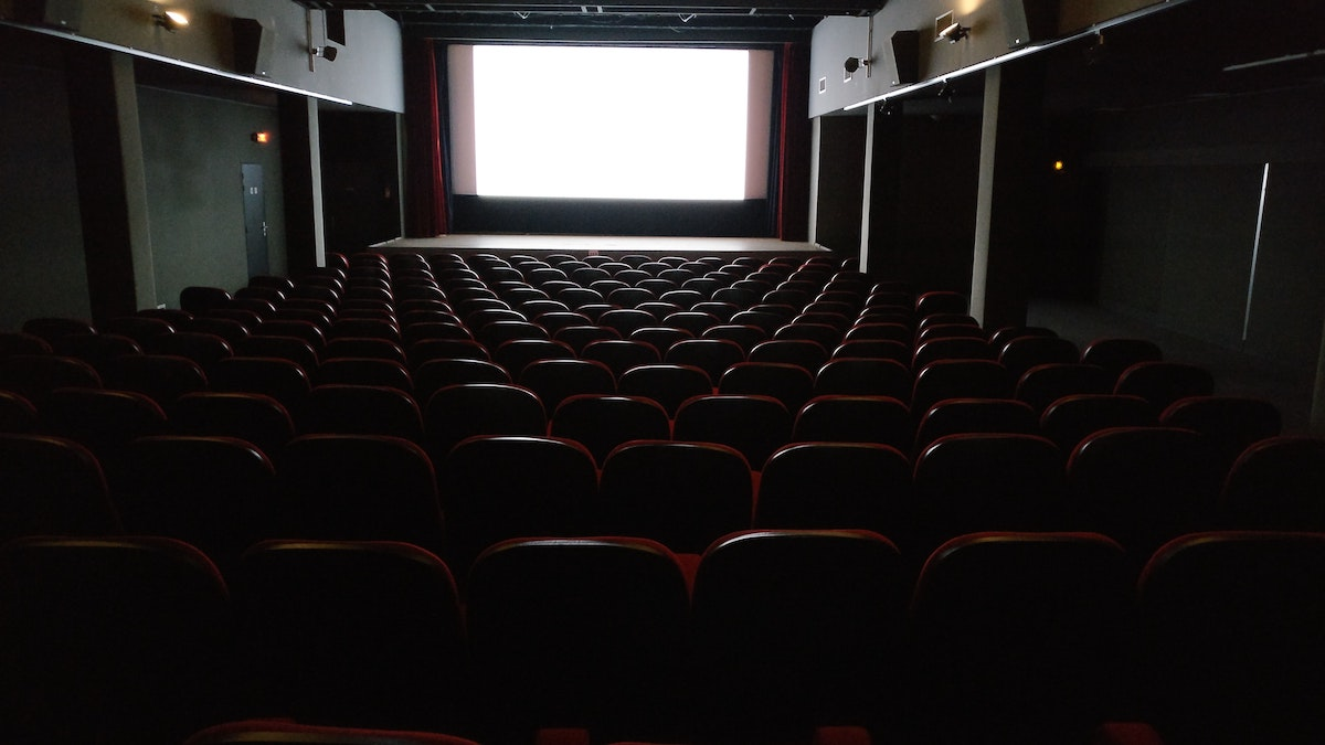movie theaters suing new jersey